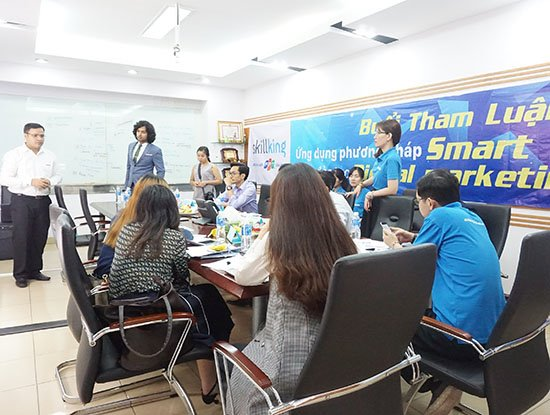 Đại diện FPT Skillking cho biết, SmartLab Plus hiện đang là phương pháp đào tạo duy nhất được áp dụng tại FPT Skillking theo 3 tiêu chí: Fun - Faster – Easier.