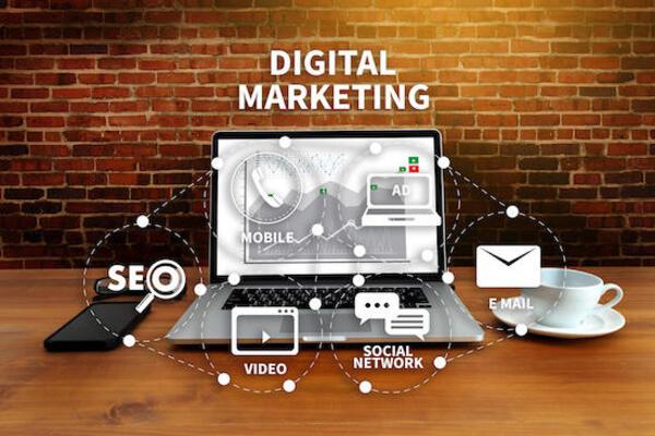 Học Digital Marketing làm nghề gì